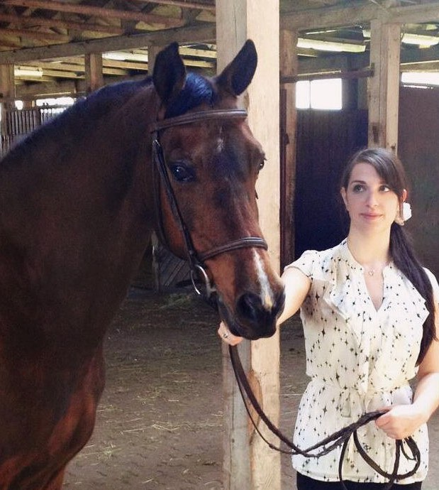 Riding instructor with horse Carly Cibelli